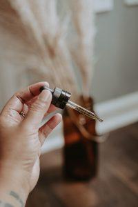 CBD Livity Oil Tincture Pipet